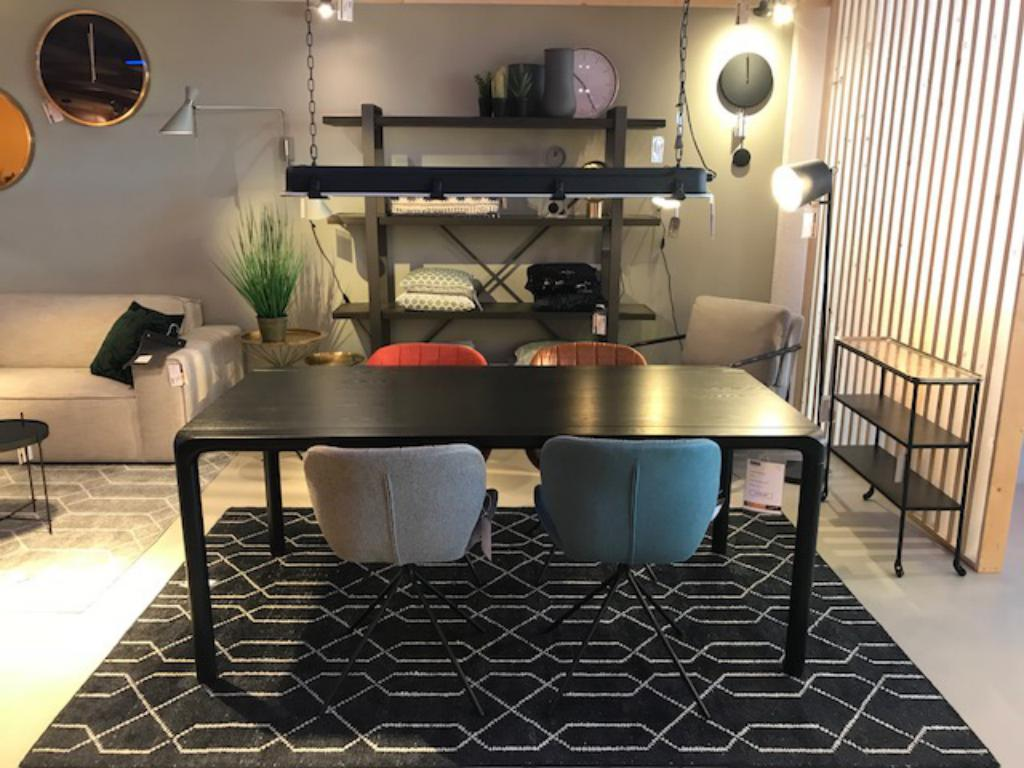 zwarte tafel zuiver outlet sensa interieur
