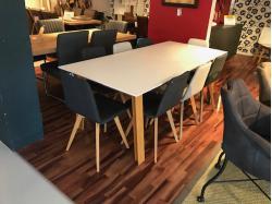 Tafel en stoelen - Outlet - Sensa Interieur