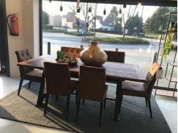 Tafel, bank en stoelen - Outlet - Sensa Interieur