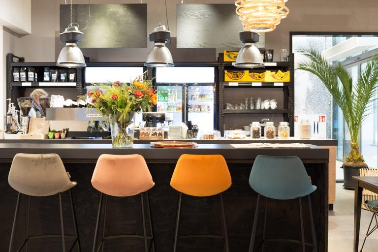 Franky velvet bar/counter - Stoelen - Sensa Interieur - Meubelen & Decoratie Limburg